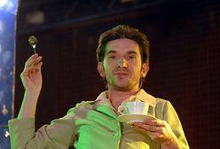 Założył najpopularniejszy kabaret w Polsce. Dzisiaj nawraca