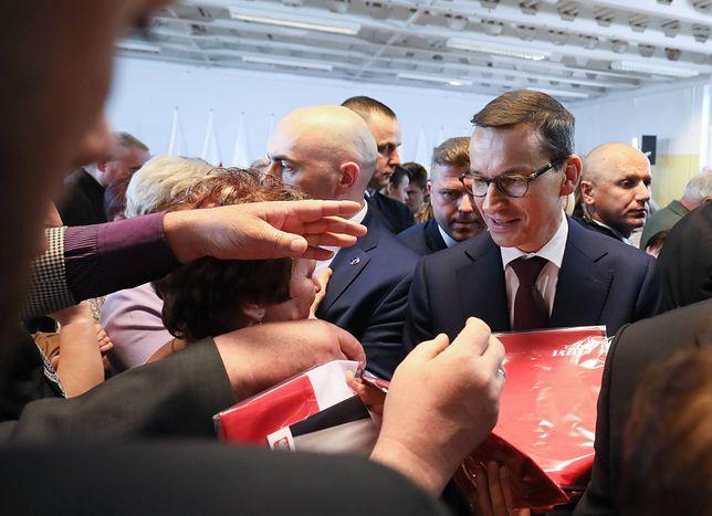 Premier Mateusz Morawiecki na spotkaniu z wyborcami w Grójcu.