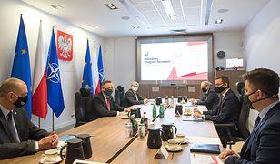 Konferencja prasowa Michała Dworczyka i Filipa Nowaka