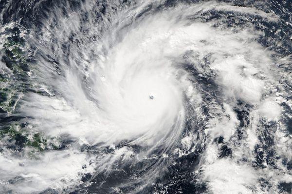 Tajfun Hagupit zagraża Filipinom