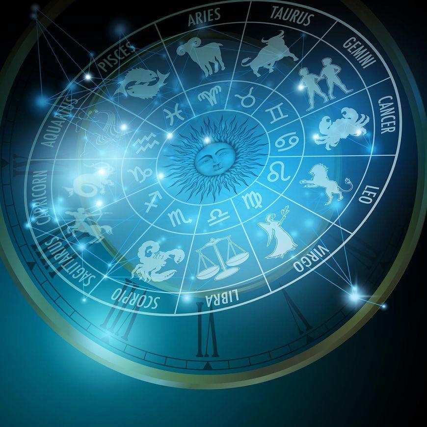 horoskop na 2019 rok [123rf.cpm]