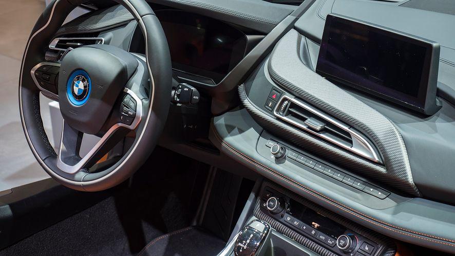Drukarki 3D mają swój udział na linii montażowej BMW i8 Roadster (depositphotos)