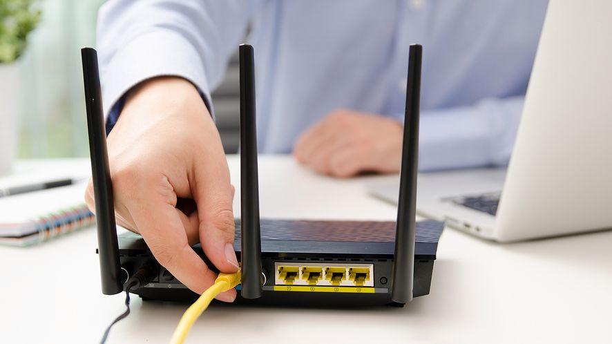Jak zwiększyć zasięg Wi-Fi? Podobno wystarczy inteligentna tapeta