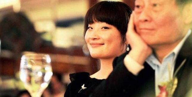 Zong Fuli. Ma 30 lat, miliardy i nigdy nie miała faceta.
