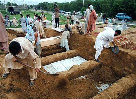 Co najmniej 106 ofiar szturmu na Czerwony Meczet