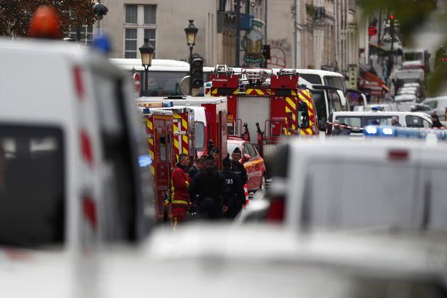 Atak na policjantów w Paryżu. Napastnik niedawno przeszedł na islam?