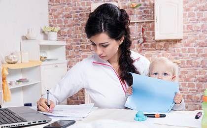 Przedsiębiorczej mamie przysługuje zasiłek macierzyński