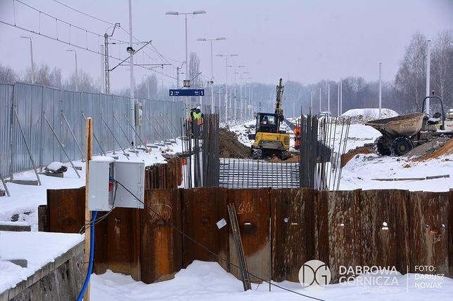 Dąbrowa Górnicza. Na budowie centrum przesiadkowego praca wre.