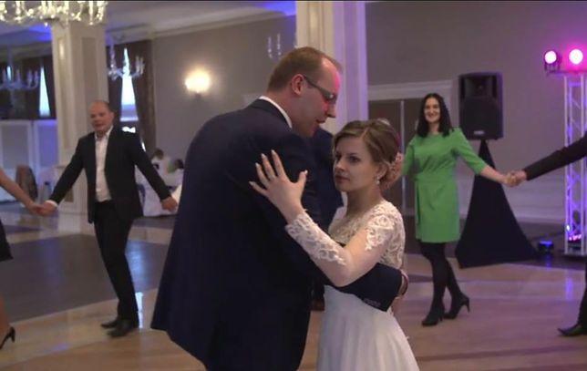 """W """"Ślub od pierwszego wejrzenia"""" mama Agaty opuściła wesele!"""