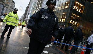 Policja przed budynkiem Trump Tower w Nowym Jorku