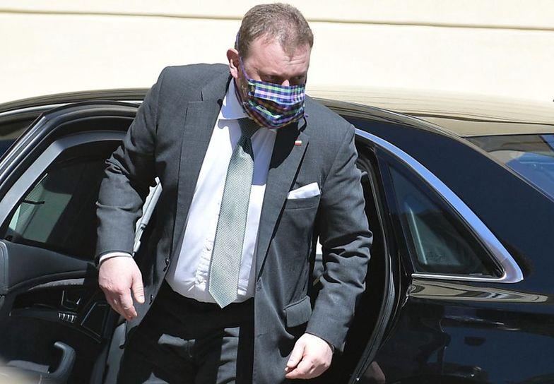 Stanowczy apel ministra zdrowia. Łukasz Szumowski zobaczył, co wyczyniają Polacy na uliach