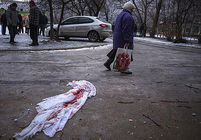 """""""Na wojnie życie ludzkie jest niczym"""" - zdjęcia z Ukrainy"""