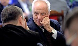"""Tęskniliście za Stefanem Niesiołowskim? Właśnie zapowiedział powrót do """"walki o wolność Polski"""""""