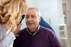 Centralna retinopatia surowicza – przyczyny, objawy i leczenie