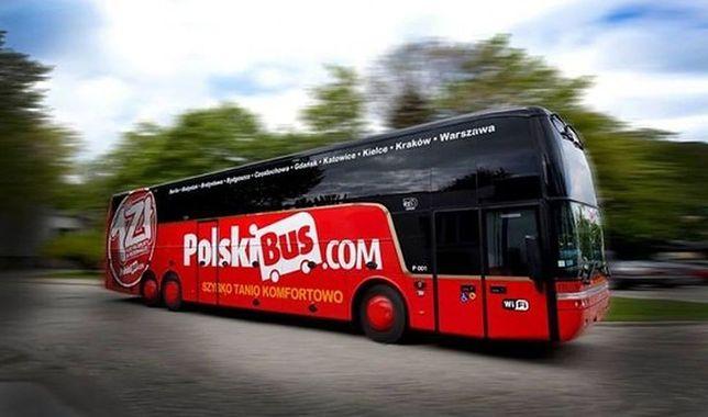 Polski Bus zderzył się z ciężarówką. Nie żyje kierowca