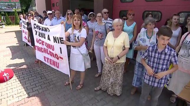 Łatwopalne i rakotwórcze substancje obok szkoły. Mieszkańcy Borkowic protestują