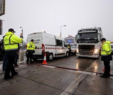 Kontrole ciężarówek przynoszą skutek. Kilkaset tysięcy złotych kar