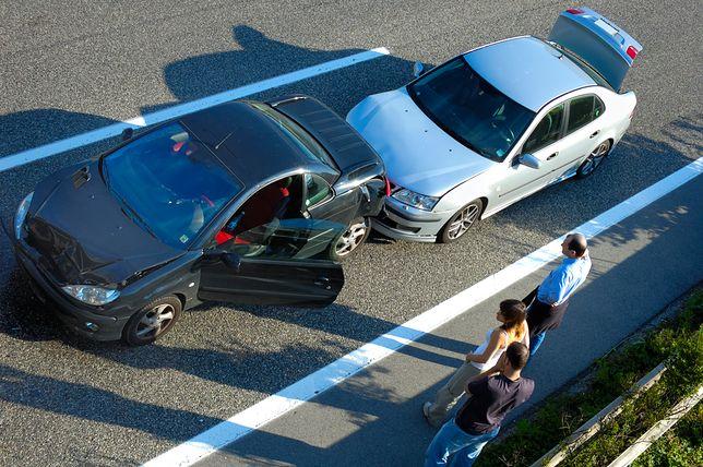 Jazda samochodem wyzwala w ludziach często złe emocje.