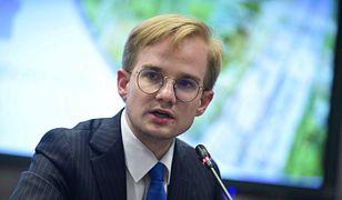 Wybory prezydenckie. Na finiszu kampanii Andrzeja Dudę wspiera wiceminister Piotr Patkowski. Nie przebiera w słowach