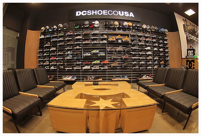 DC Shoes - showroom
