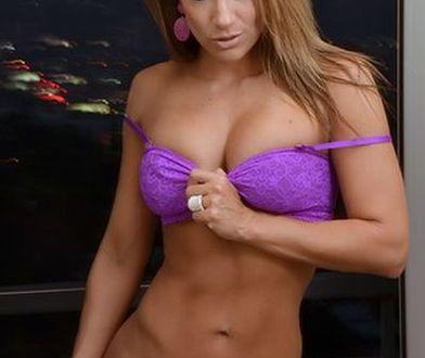 Jennifer Nicole Lee - gołe łono?