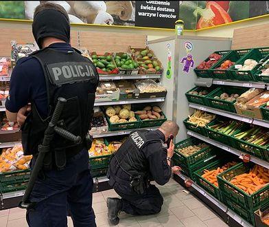 """Policja """"ścigała"""" hiszpańskie ziemniaki, które miały udawać polskie. Sklep się tłumaczy"""