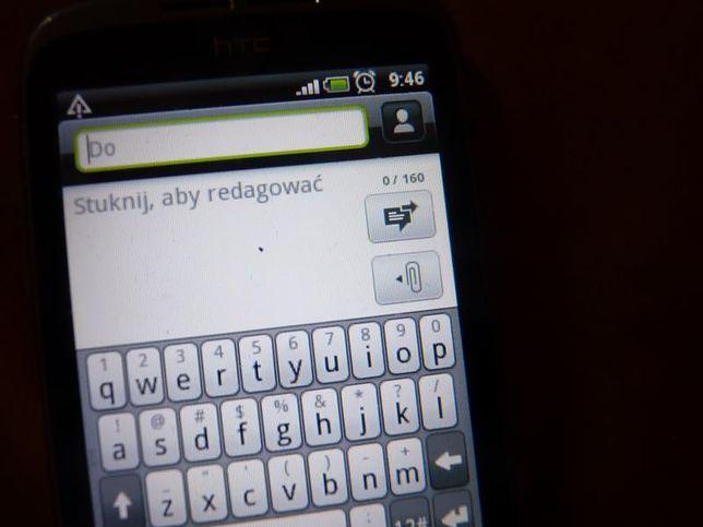 Zazdrosny chłopak pobił za smsa do dziewczyny