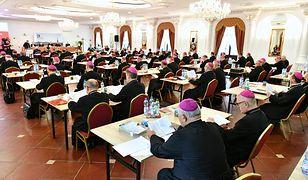 Polscy biskupi zdecydowali, że po każdej mszy św. odbędzie się modlitwa wynagradzająca za profanację