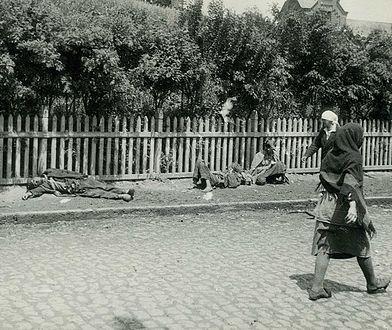 Zagłodzeni ludzie na ulicach Charkowa w czasach Hołodomoru