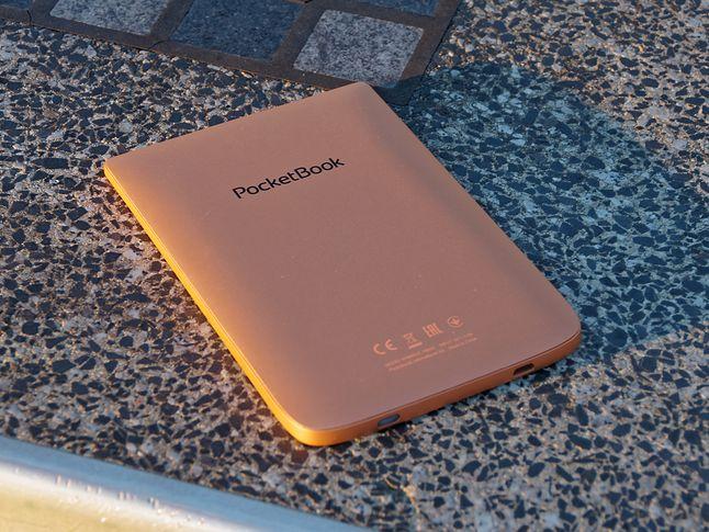 Tył PocketBooka Touch HD 3 jest bardzo skromny