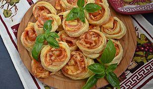 Francuskie ślimaczki z szynką i parmezanem