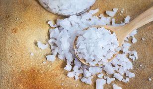 Koszerna sól. Czym jest i do czego jej używać?