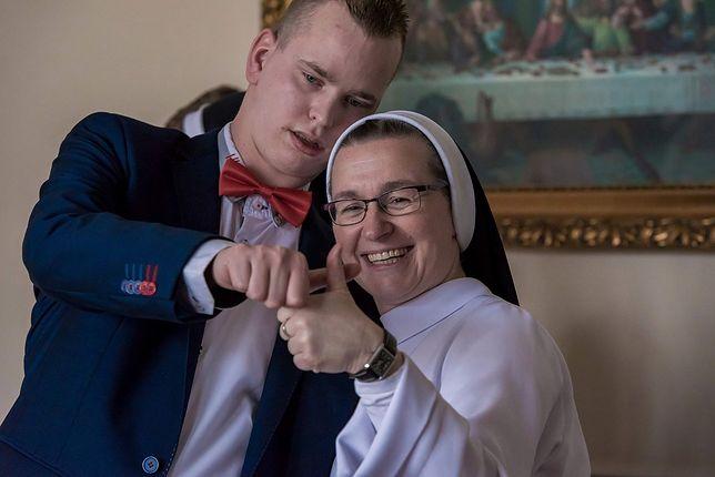 Siostra zakonna o opiece nad niepełnosprawnymi dziećmi. Poruszające słowa