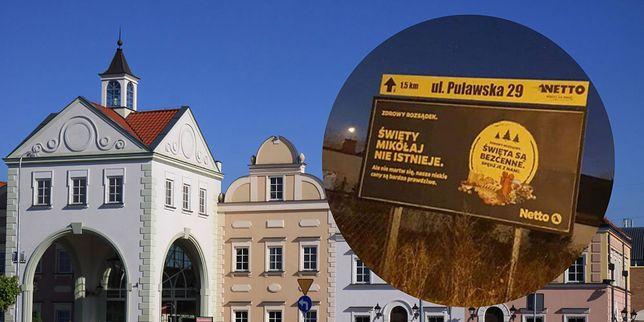 Reklama w Piasecznie psuje magię świąt
