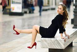 Ponadczasowe trendy – ubrania i dodatki Guess do 500 zł taniej