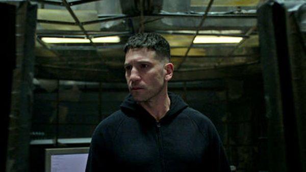 Marvel: The Punisher 01:09 – Twarzą w twarz z wrogiem (Front toward enemy)