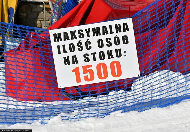 Koronawirus. Dwa tygodnie po szturmie  narciarzy zimowy kurort zmaga się z falą zakażeń
