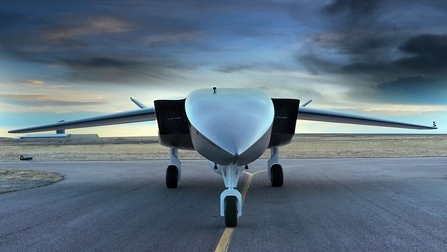 Dron Aevum Ravn-X