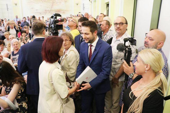 Patryk Jaki przedstawił propozycje dla warszawskich seniorów