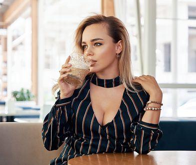 Fason biustonosza wpływa na wygląd piersi