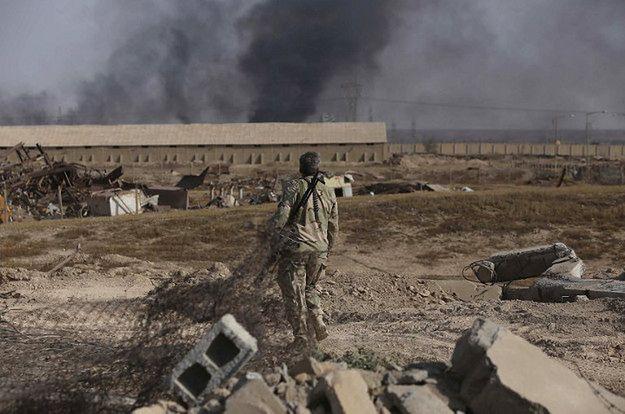 """Niszczycielska taktyka IS. """"FP"""" opisuje, co zastaje się na odbitych terenach"""