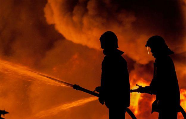 Nocny pożar w Poznaniu. Ewakuowano kilkadziesiąt osób