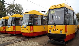 W tramwaju w Warszawie muzułmankę spotkała miła niespodzianka
