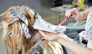 Pieczarkowe włosy – jak wygląda mushroom blonde