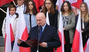 """Wojewoda wielkopolski o biało-czerwonej fladze: """"To element, który buduje wspólnotę"""""""