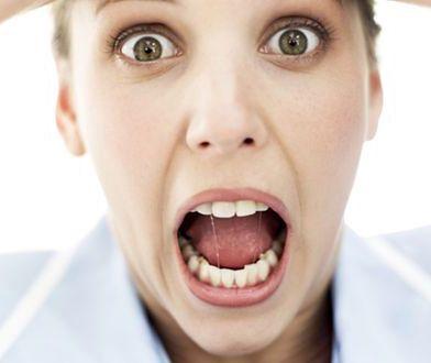 Stres zostawia ślad na kobiecej twarzy