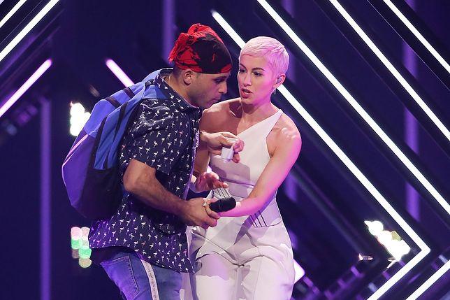 Oto co próbował wykrzyczeć podczas Eurowizji. Wyrwał piosenkarce mikrofon