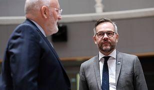 Wiceprzewodniczący KE Frans Timmermans i minister ds. europejskich Niemiec Michael Roth