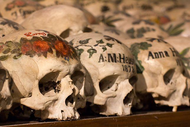 Kaplice czaszek - Hallstatt, Austria