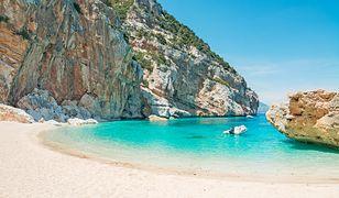 Kradzież piasku z plaż Sardynii to prawdziwa plaga